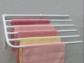 Sušáky Sušák ručníků na stěnu bílý D560